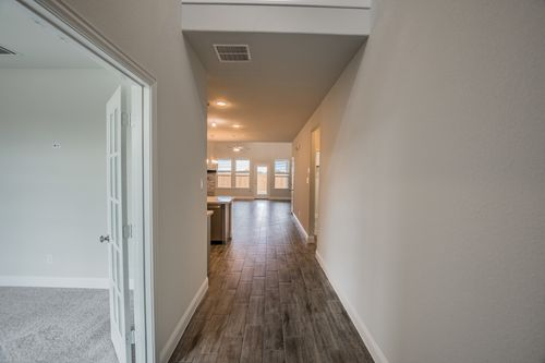 Hallway-in-Whitley-at-Bluewood-in-Celina