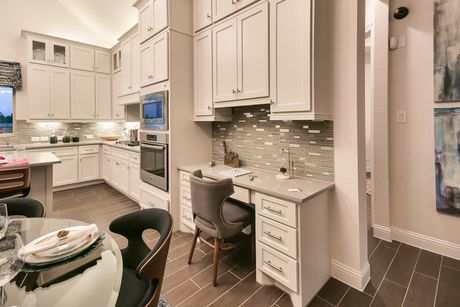 Kitchen-in-Carlsbad-at-The Woodlands - Creekside Park West-in-Tomball
