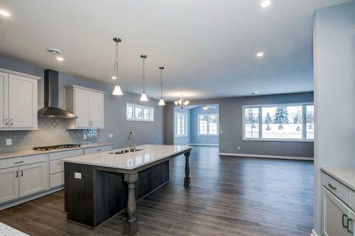 Kitchen-in-Cedarwood-at-Bass Lake Crossing-in-Corcoran