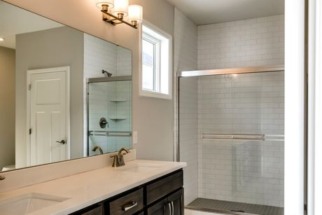 Bathroom-in-Graystone-at-Bass Lake Crossing-in-Corcoran
