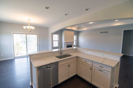 Kitchen-in-Bloomfield-at-Glengary Hills-in-Walled Lake