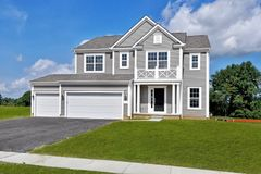 3633 Whispering Pines Road (Dartmouth)