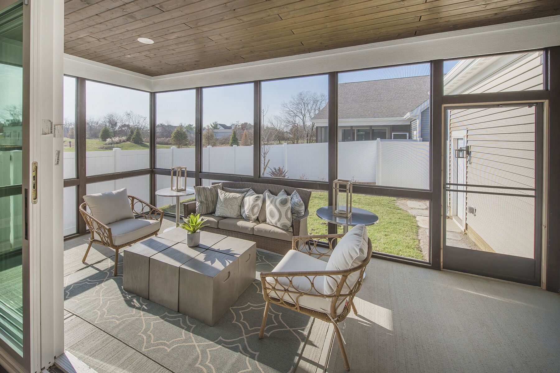 'Retreat at Woodcrest Crossing' by M/I Homes-Columbus in Columbus