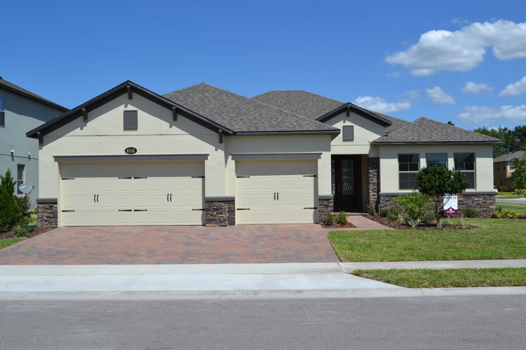Exterior featured in the Savannah Fl By M/I Homes in Orlando, FL