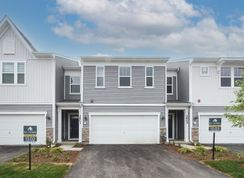 Henderson II - Meadow Square: Rolling Meadows, Illinois - M/I Homes