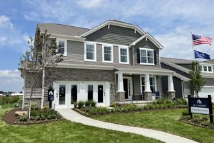Findlay - Homes at Foxfire: Commercial Point, Ohio - M/I Homes