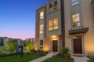 Residence C - Sigwalt 16: Arlington Heights, Illinois - M/I Homes