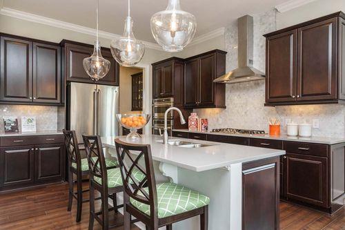 Kitchen-in-Sonoma-at-Middleton-in-Apex
