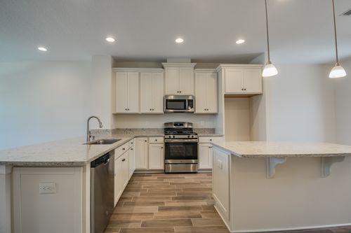 Kitchen-in-Brentwood-at-Starkey Ranch-in-Odessa