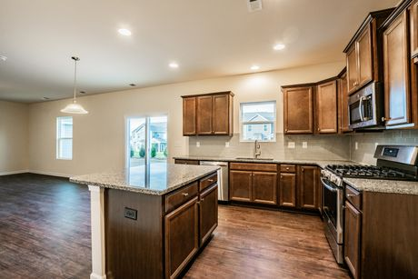 Kitchen-in-Lincoln-at-Heritage At Neel Ranch-in-Mooresville
