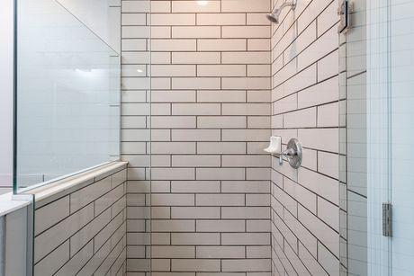 Bathroom-in-Santa Maria (ecl)-at-Econ Landing-in-Orlando