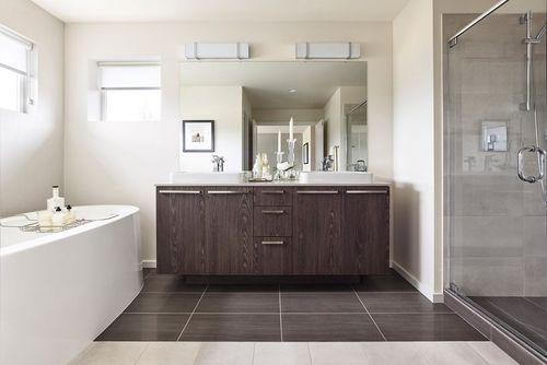 Bathroom-in-Solana-at-Pepper Hill-in-Auburn