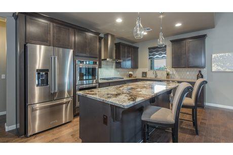 Kitchen-in-Horizon-at-Mollie Rae-in-Chino Valley