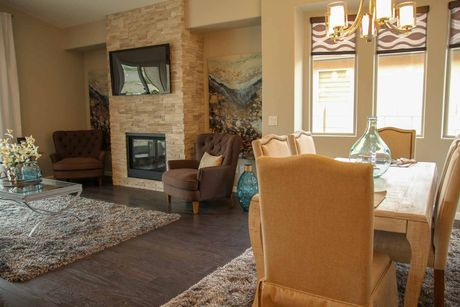 Greatroom-and-Dining-in-Sierra I-at-The Traditions at Mountain Gate-in-Clarkdale