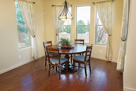 Breakfast-Room-in-Manzanita-at-Mollie Rae-in-Chino Valley