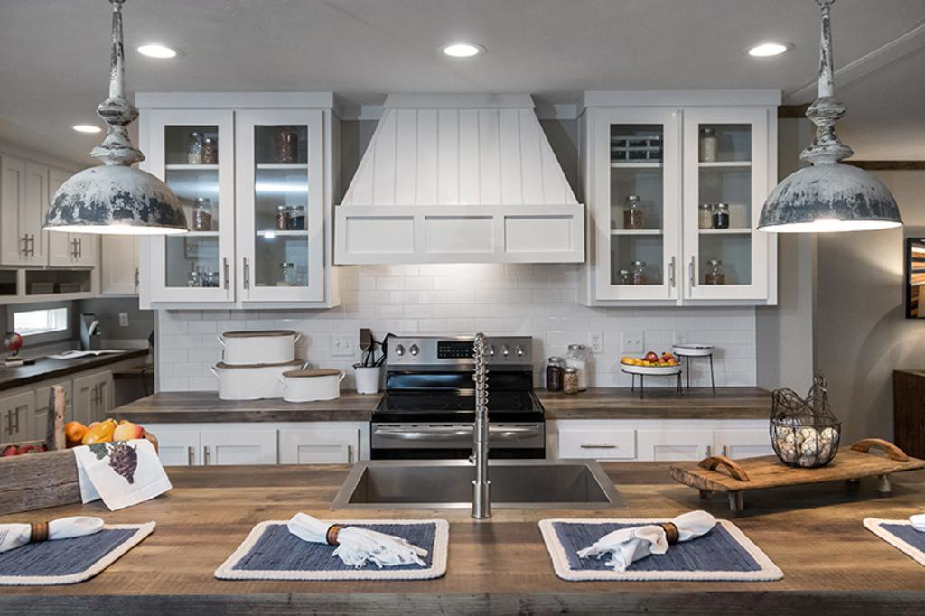 Kitchen featured in The Littlefield By Manufactured Housing Consultan in Corpus Christi, TX