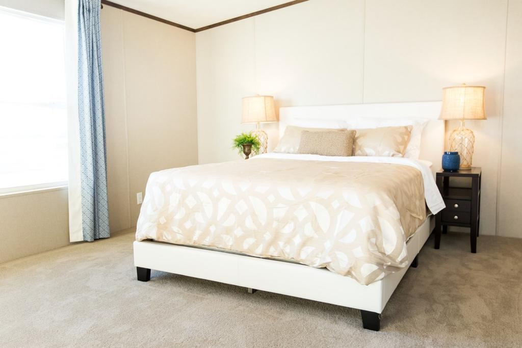 Bedroom featured in The Wonder By Manufactured Housing Consultan in Laredo, TX