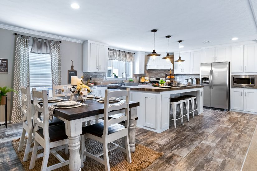 Kitchen featured in The Drake By Manufactured Housing Consultan in Corpus Christi, TX