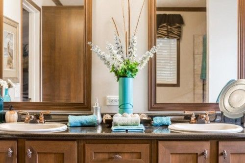 Dining-in-The Howell-at-Manufactured Housing Consultants - Laredo-in-Laredo