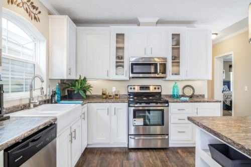 Kitchen-in-The Lloyd-at-Manufactured Housing Consultants - New Braunfels-in-New Braunfels