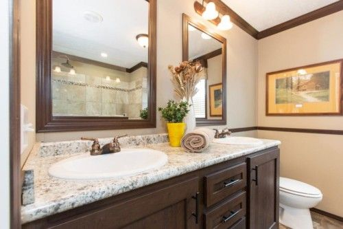 Bathroom-in-The Oaklawn-at-Manufactured Housing Consultants - Corpus Christi-in-Corpus Christi