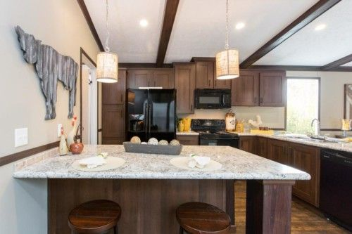 Kitchen-in-The Oaklawn-at-Manufactured Housing Consultants - Laredo-in-Laredo