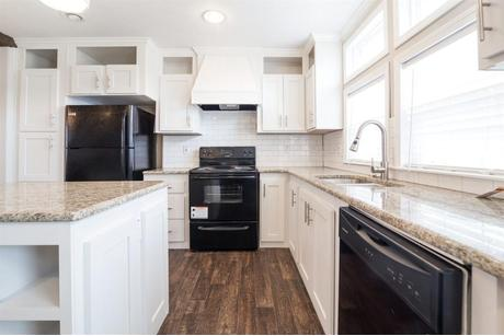 Kitchen-in-The Bradley-at-Manufactured Housing Consultants - Corpus Christi-in-Corpus Christi