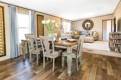 Dining-in-The Wonder-at-Manufactured Housing Consultants - Laredo-in-Laredo