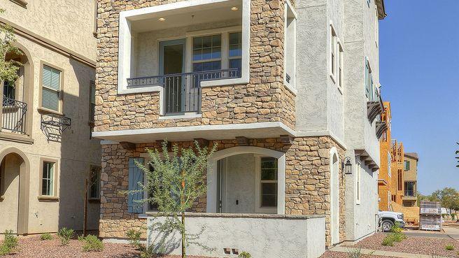 1701 E Dogwood Lane (Residence 5X)