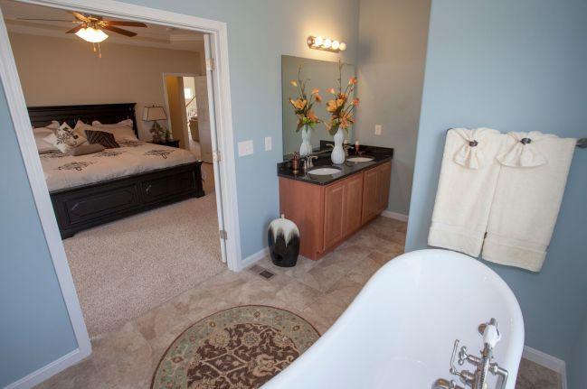 Bedroom-in-Ellington-at-Leafy Dell-in-Johnstown