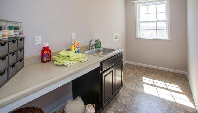 Laundry-in-Newbury-at-Weaver Ridge-in-Marysville