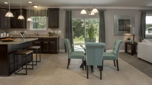 Kitchen-in-Baybury-at-Mallory Square-in-Deland