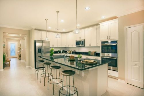 Kitchen-in-Miramar-at-Woodland Waters-in-Brooksville