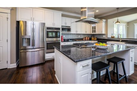 Kitchen-in-Eisenhower-at-Wilsons Ridge-in-Evans City