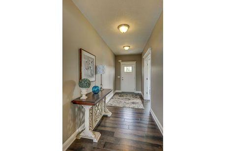 Foyer-in-Truman-at-Maronda Farms-in-Clinton
