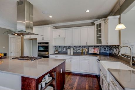 Kitchen-in-Kennedy-at-Cheshire Woods-in-Galena