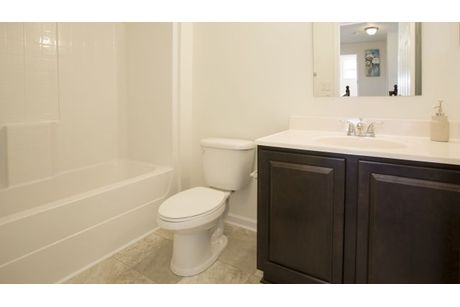 Bathroom-in-Rockford-at-Leafy Dell-in-Johnstown