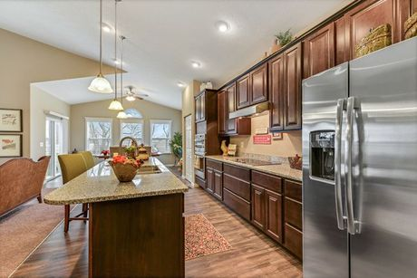 Kitchen-in-Knoxville-at-Keystone Crossing-in-Marysville