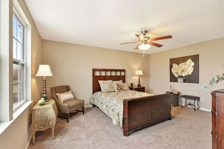 Bedroom-in-Knoxville-at-Keystone Crossing-in-Marysville