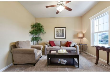Greatroom-and-Dining-in-Somerset-at-Hunters Ridge-in-Colerain Township