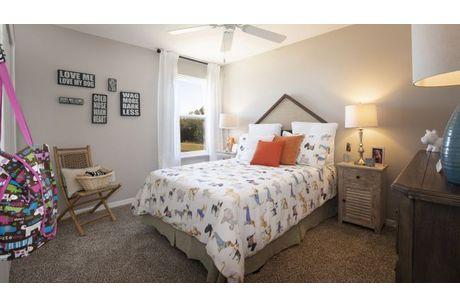 Bedroom-in-Lexington-at-Sedona-in-Kissimmee