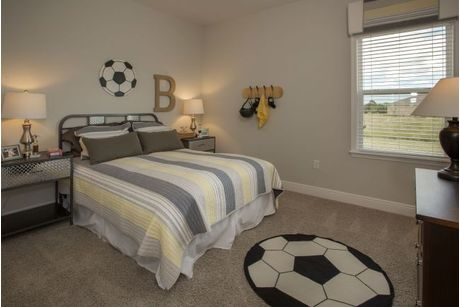 Bedroom-in-Harmony-at-Florence Lake Ridge-in-Clermont