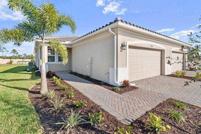 10271 Bonavie Cove Drive (Largo Villa)