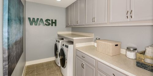 Laundry-in-Sebring-at-Avea Pointe-in-Lutz