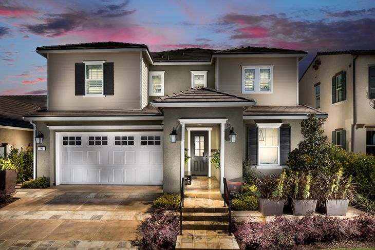 Model Home Exterior:American Traditional