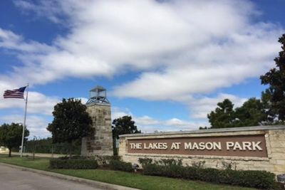 The Lakes at Mason Park