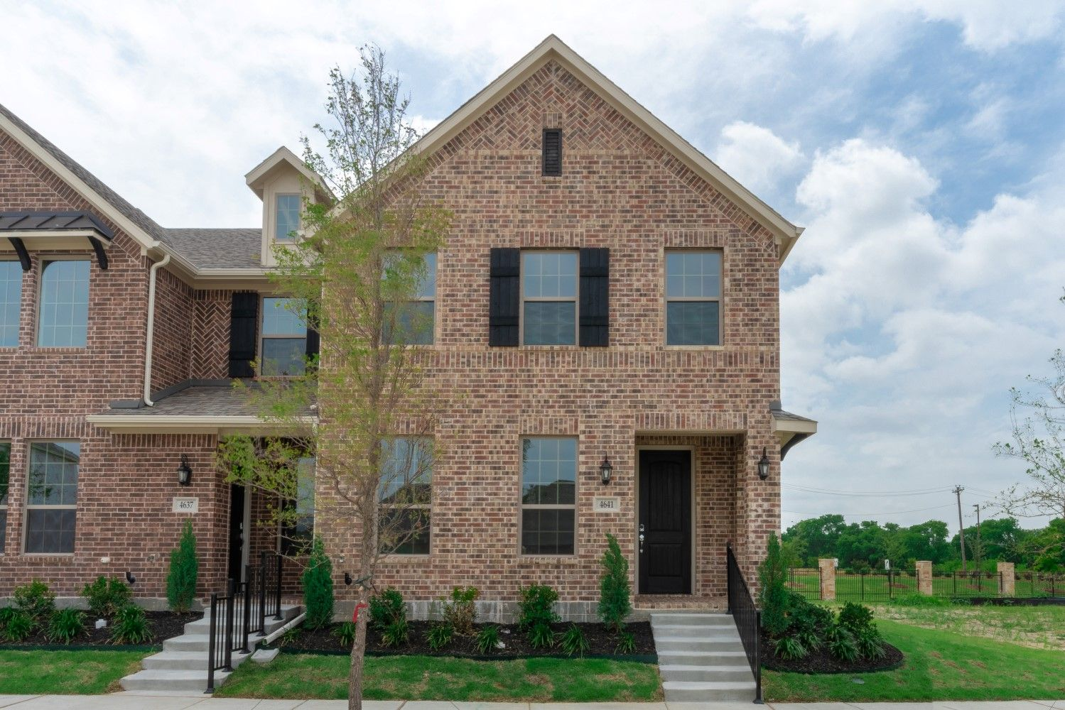 Stacy Road Townhomes In Mckinney Tx New Homes Amp Floor