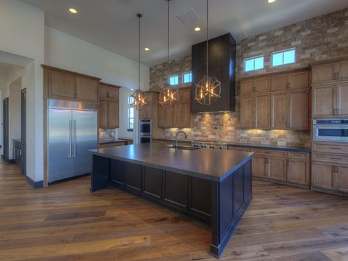 Kitchen-in-Rome-at-Bellissima-in-Cave Creek