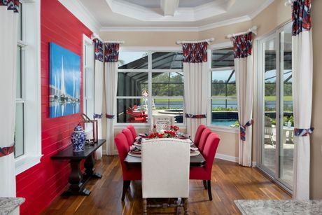 Dining-in-Pimento-at-The Isles of Collier Preserve-in-Naples