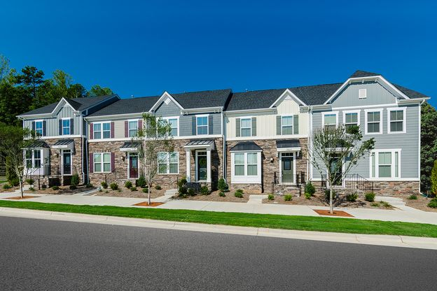 Love Where you Live:Why rent? You can own a townhome in a gated community with a pool conveniently located 12 miles from downtown Nashville for the same or less than rent.Schedule your visit.